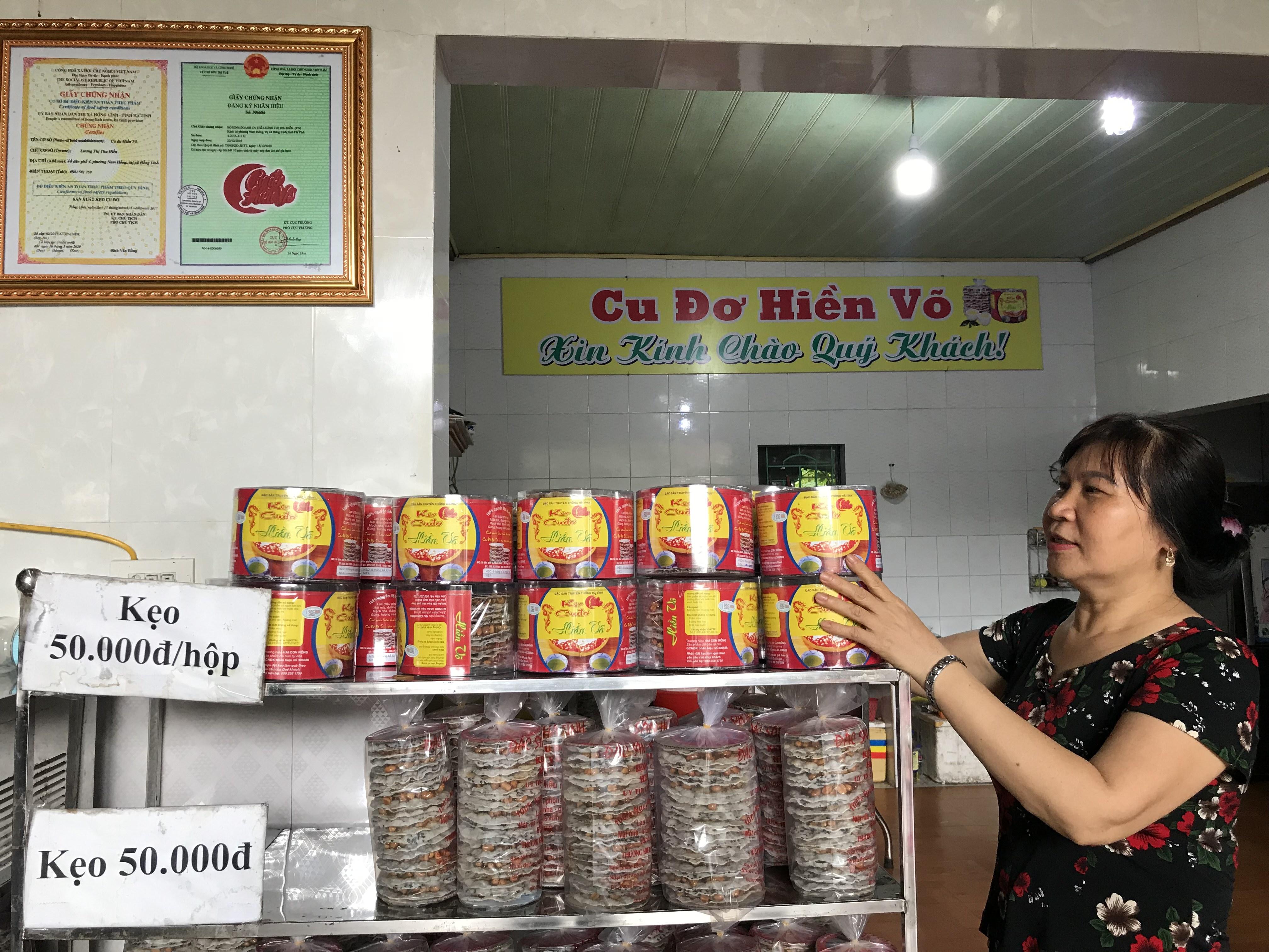 Sản phẩm cu đơ Hiền Võ - Phường Nam Hồng được khách hàng ưa chuộng